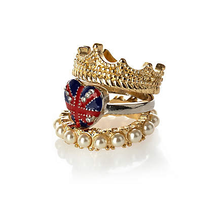 Get Into The Jubilee Spirit With This Fashionable Accessory