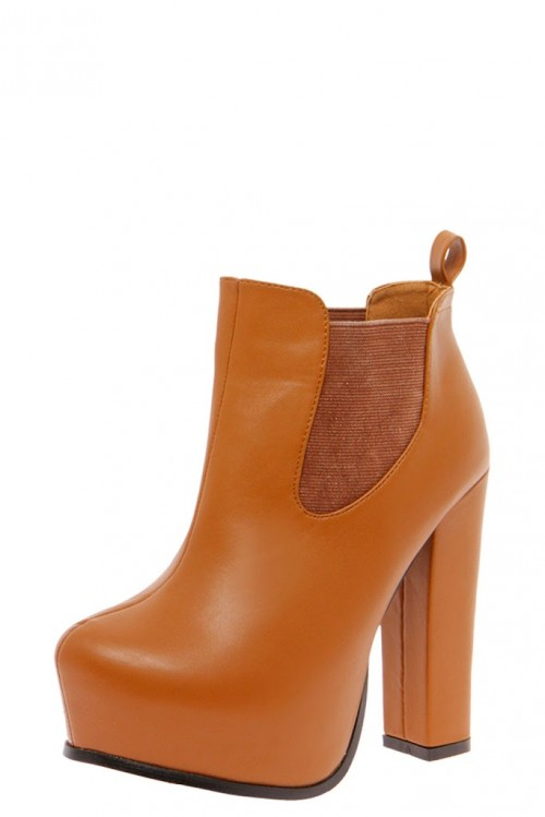 TAN FASHION: The Platform Boot That Is Fabulous For Any Season