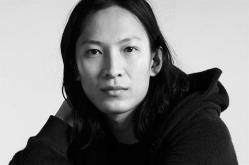 Fashion Technology: Wang Collaborates With Samsung