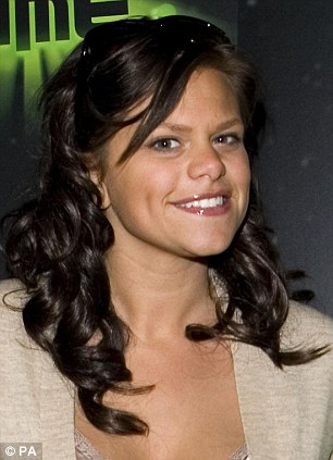 And The Crowd (Wept): The Story Of A Modern-Day Celebrity, Inspired By Jade Goody