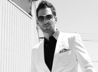 Jon B Is In Concert With A Huge Special Guest