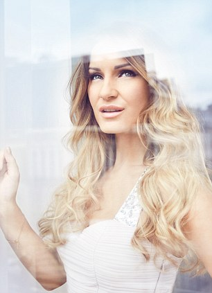 La Bella: Following Her Debut Fragrance, What's Next For Samantha Faiers?