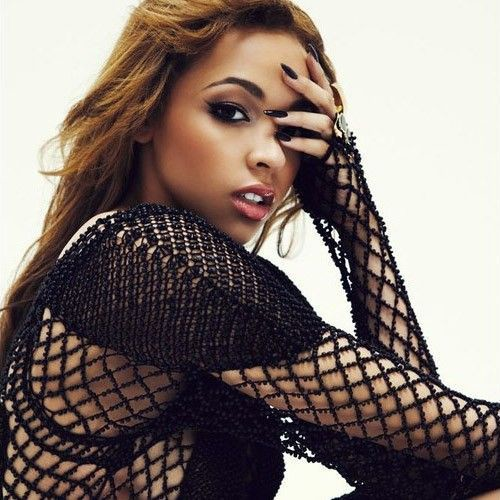 L'ART's Weekend Anthem With Tinashe